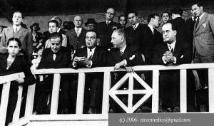 ο sunyol με το τσιγάρο κι αριστερά του ο Lluis Companys, πρόεδρος της Generalitat